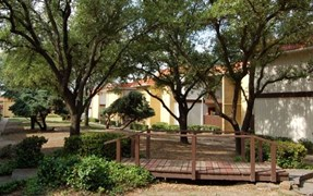 Villas at Cantamar Apartments Fort Worth TX