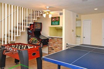 Gameroom at Listing #138808