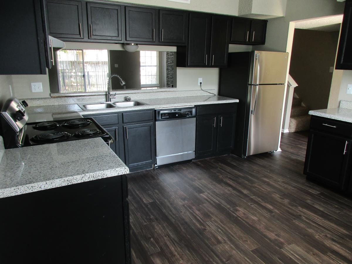 Kitchen at Listing #136793