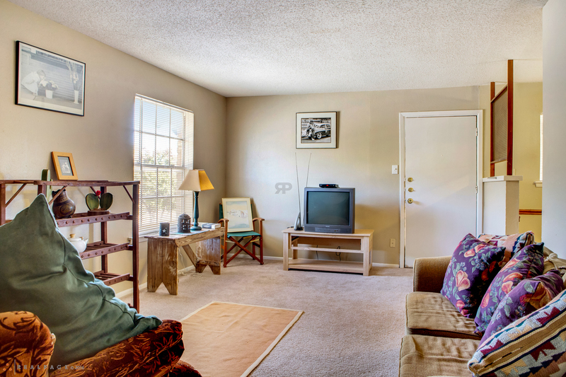 Living at Listing #136972