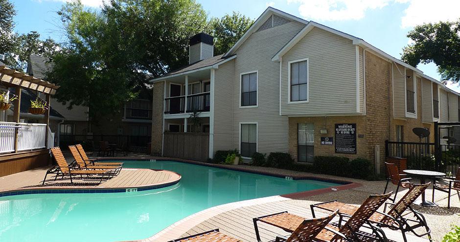 Pool at Listing #139740