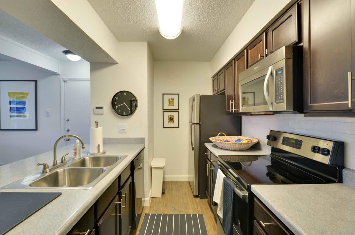 Dining/Kitchen at Listing #135988