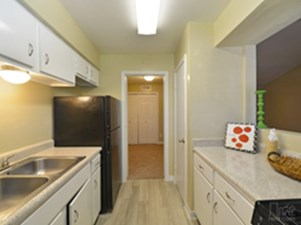 Kitchen at Listing #138427