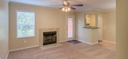 Living at Listing #140269