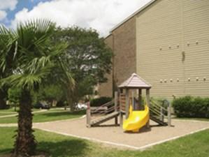 Playground at Listing #140224