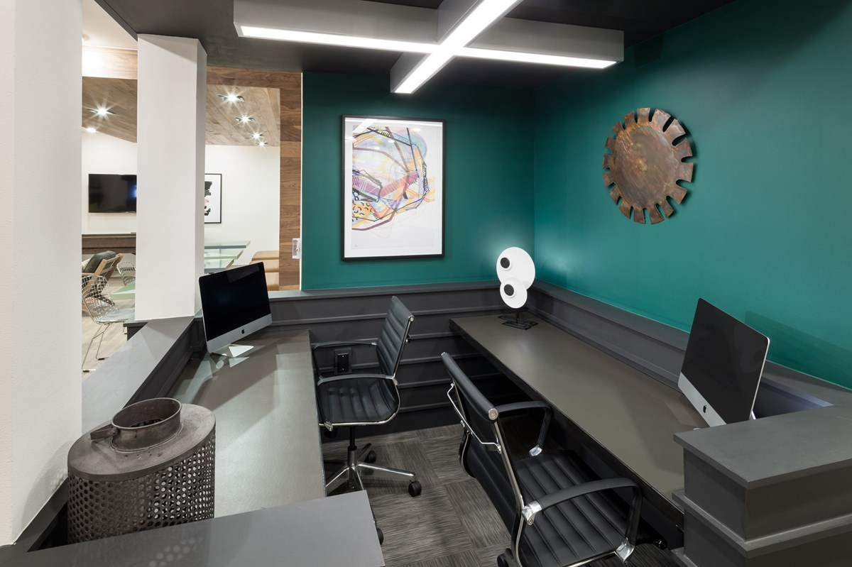 Business Center at Listing #268434