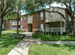 Bend East in the Village Apartments Dallas TX