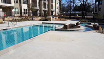 Pool at Listing #295148