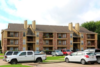Exterior at Listing #136425