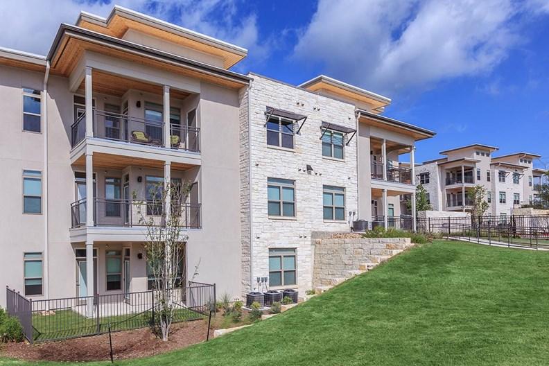 Santal I Apartments
