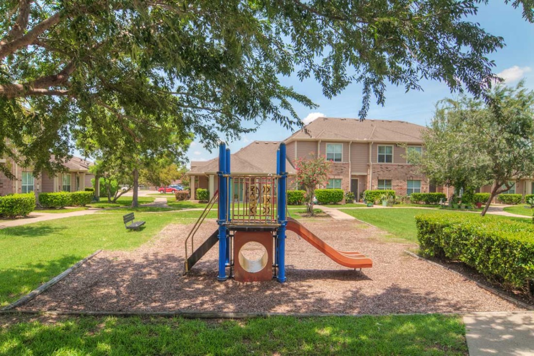 Playground at Listing #140097