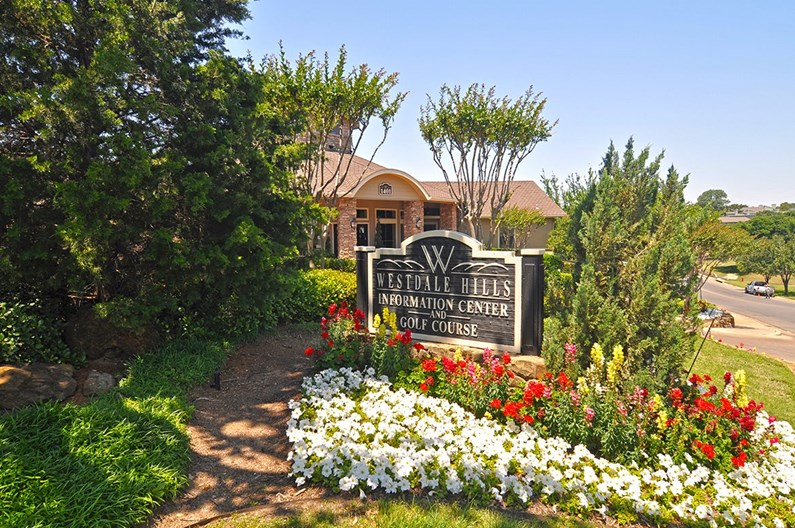 Westdale Hills Muirfield Village Apartments