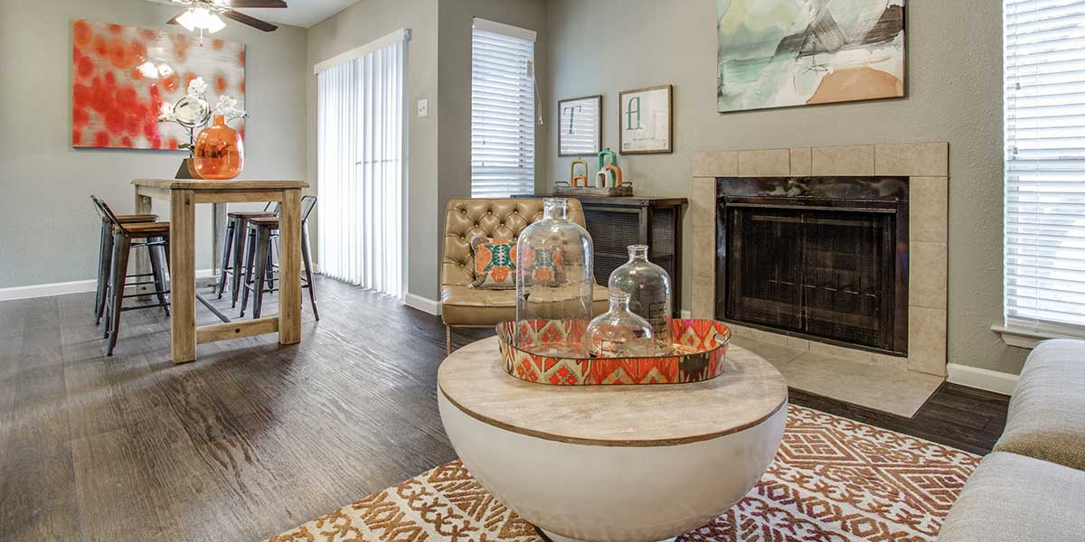 Living/Dining at Listing #136265