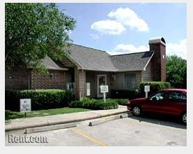 Exterior at Listing #138519