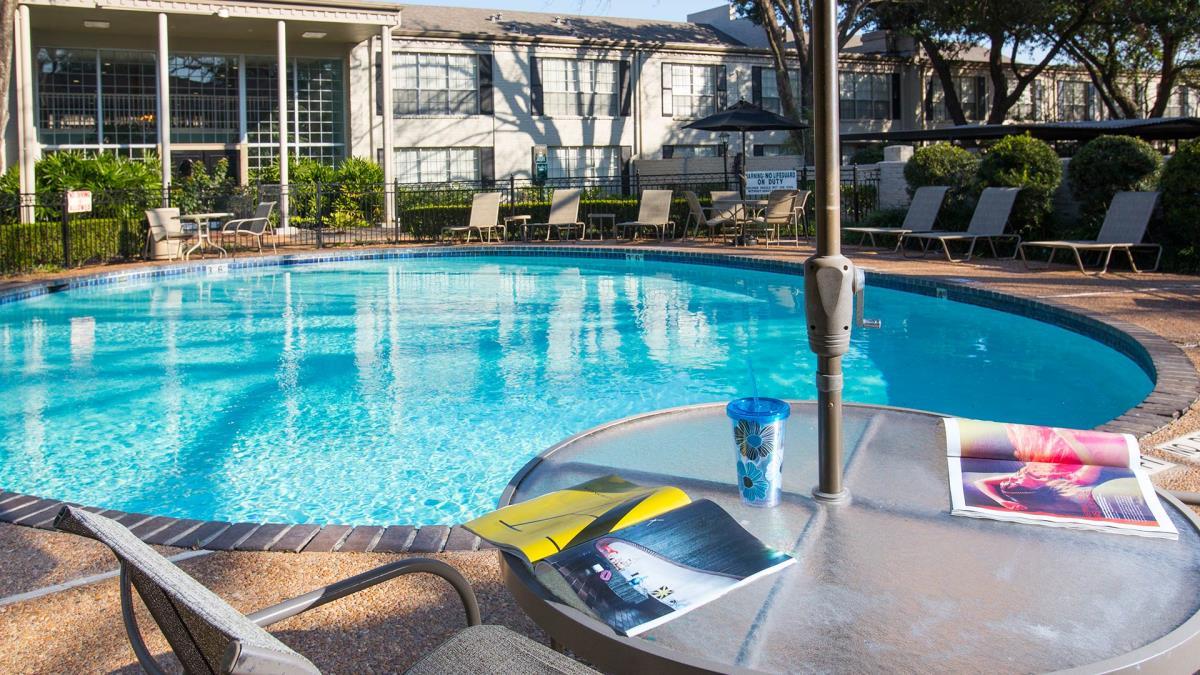 Pool at Listing #138844