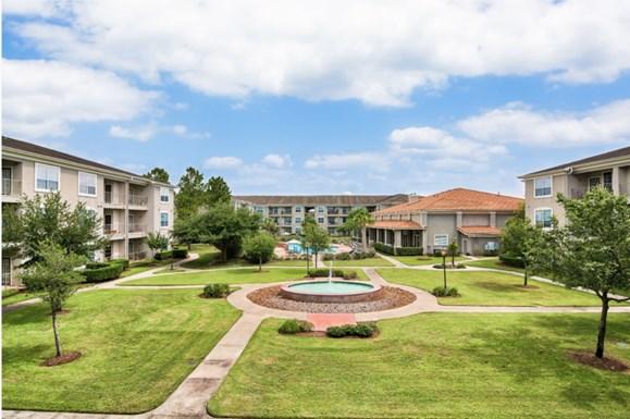 Villas of Park Grove Apartments