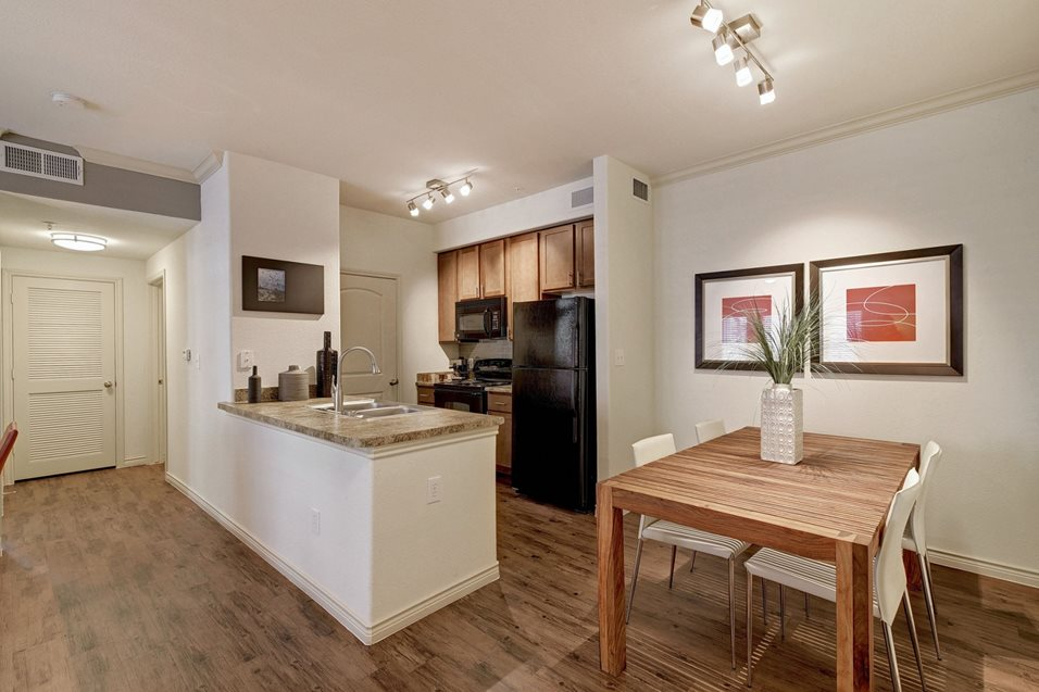 Dining/Kitchen at Listing #145764