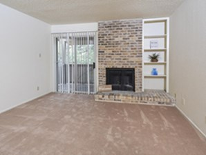 Living Room at Listing #141240