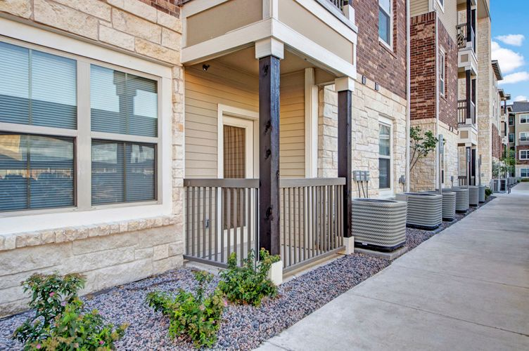 Exterior at Listing #249643