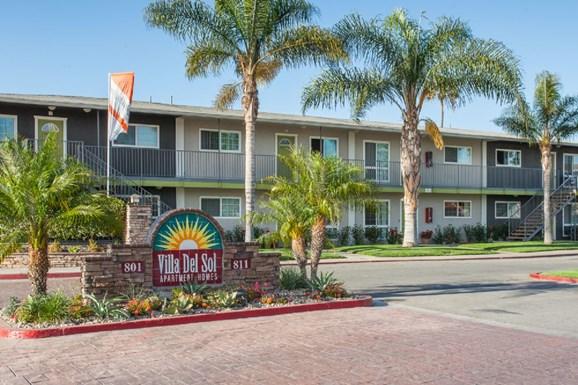 Villas Del Sol I & II Apartments