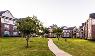 Marquis at Silver Oaks Apartments Grapevine TX