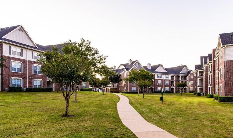 Marquis at Silver Oaks Apartments