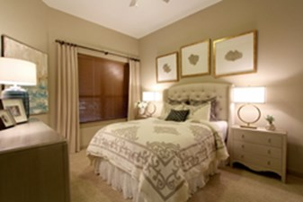 Bedroom at Listing #249917