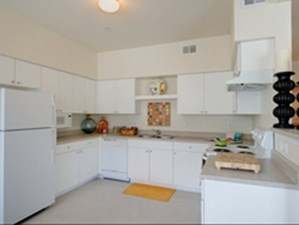 Kitchen at Listing #144413