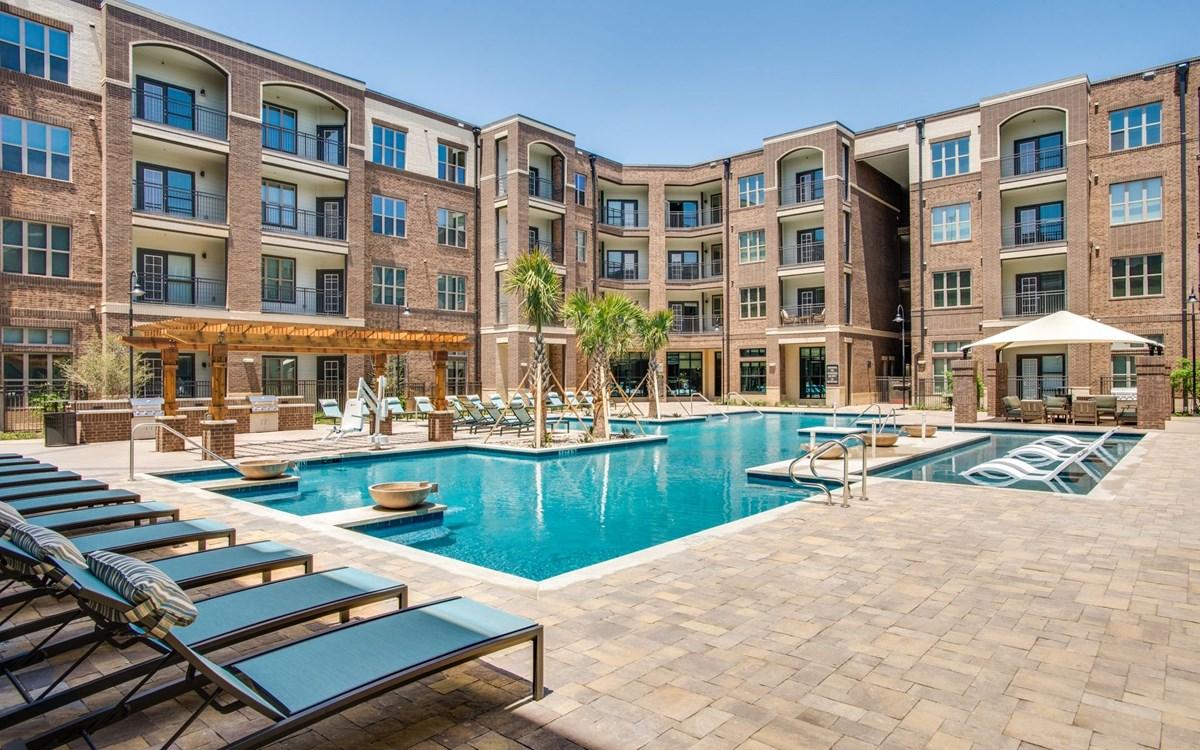 Pool at Listing #286831