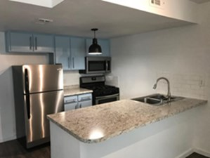 Kitchen at Listing #140404