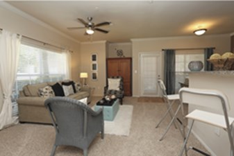 Living at Listing #138547