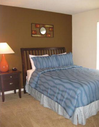 Bedroom at Listing #139209