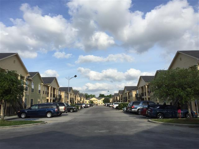 Villa Laverne Apartments Houston TX