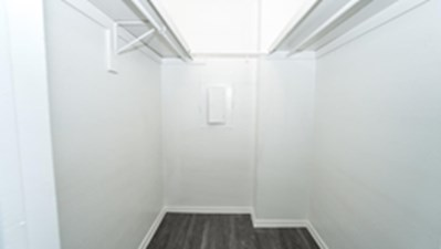 Bedroom at Listing #136258