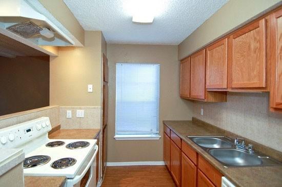 Kitchen at Listing #140340