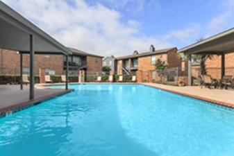 Pool at Listing #139488