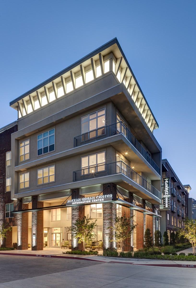 Lakeside Urban Center Apartments Irving TX