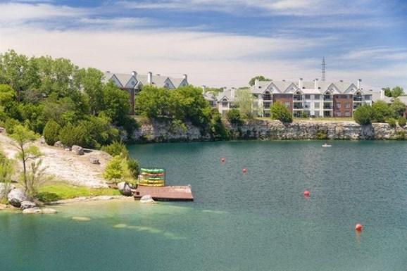 Estate on Quarry Lake Apartments