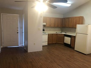 Kitchen at Listing #141217