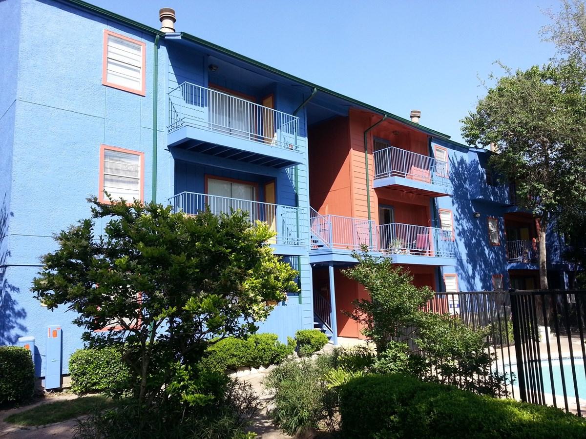 SunBlossom Mountain Apartments Houston TX