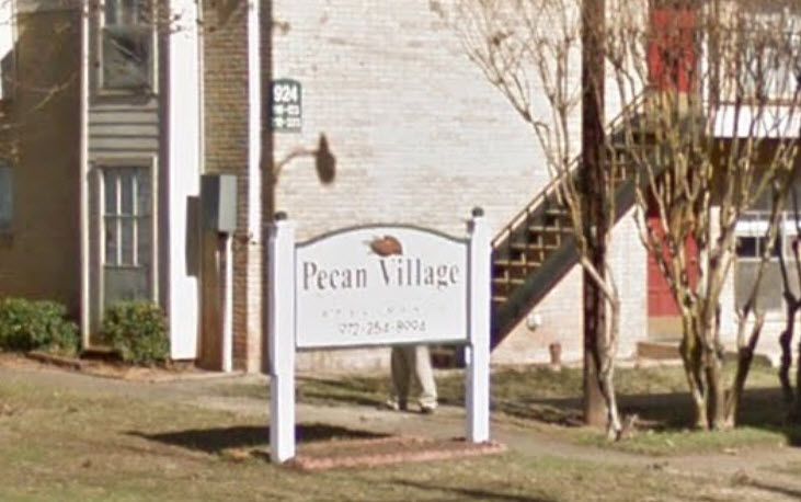 Pecan Village at Listing #137473