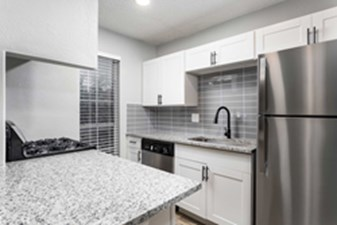 Kitchen at Listing #140360