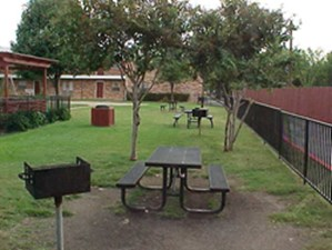 Picnic Area at Listing #135685