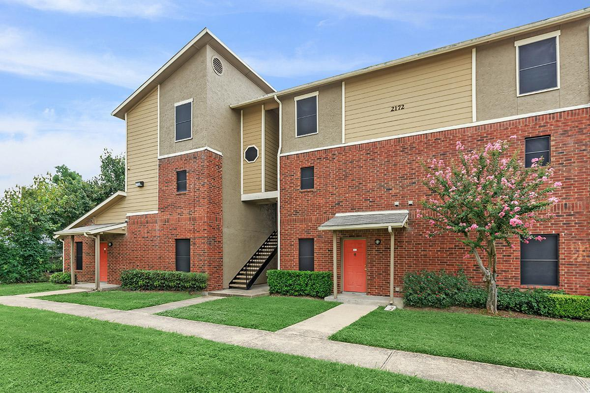 Exterior at Listing #137953