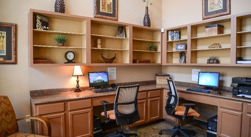 Business Center at Listing #146629