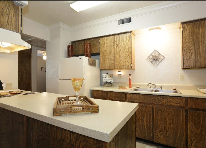 Kitchen at Listing #137382