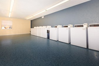 Laundry at Listing #137332