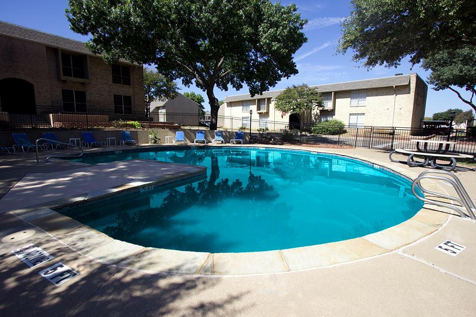 Pool at Listing #137260