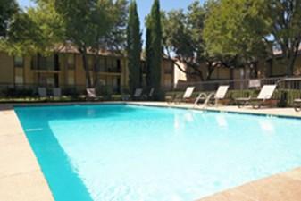 Pool at Listing #136034
