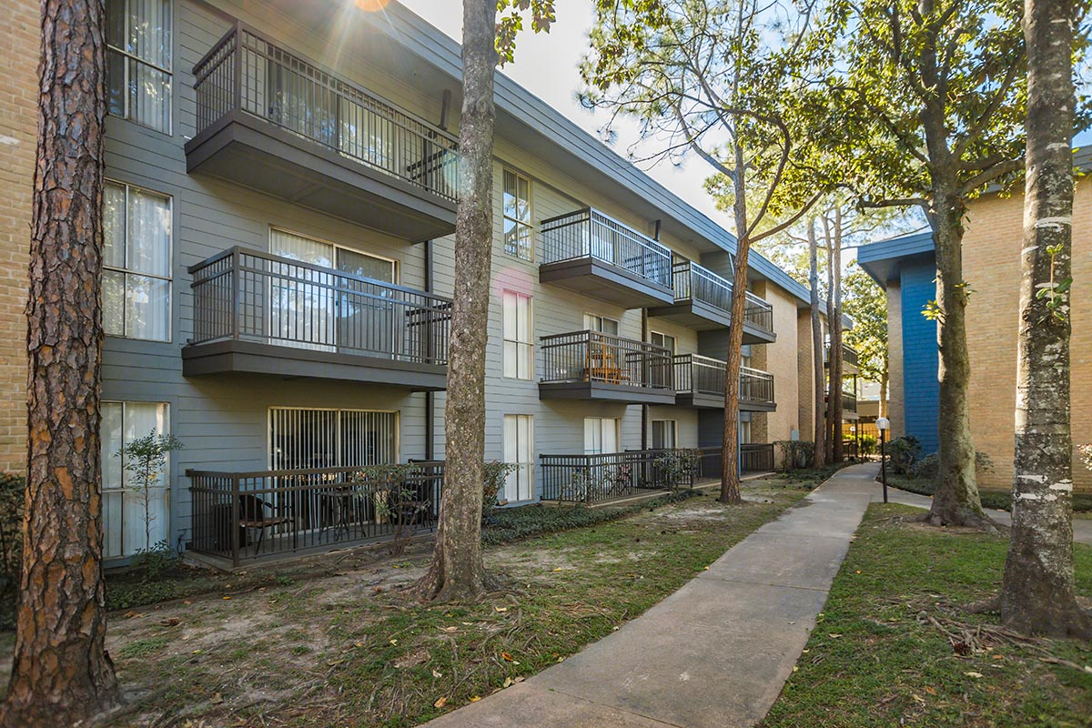 Exterior at Listing #138751